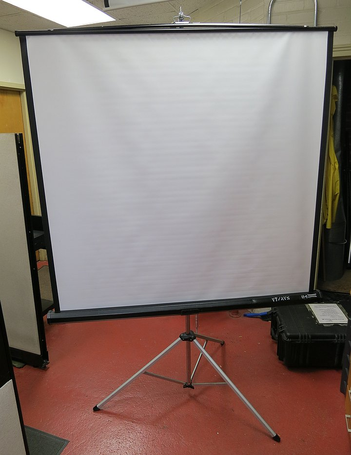 Projection screen with tripod stand